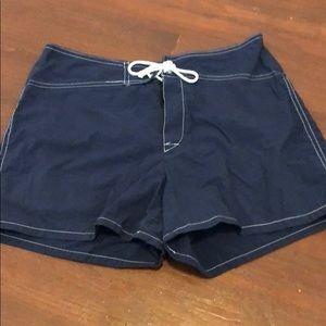 Blank Noir shorts